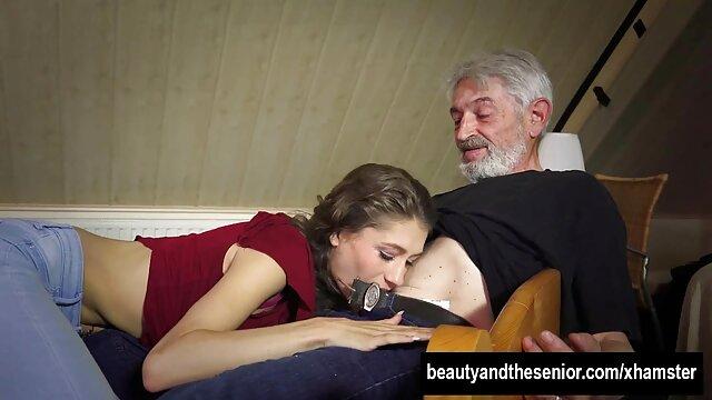 Domínio Feminino com mobiliário humano pai quero ver vídeo de pornô En Lee